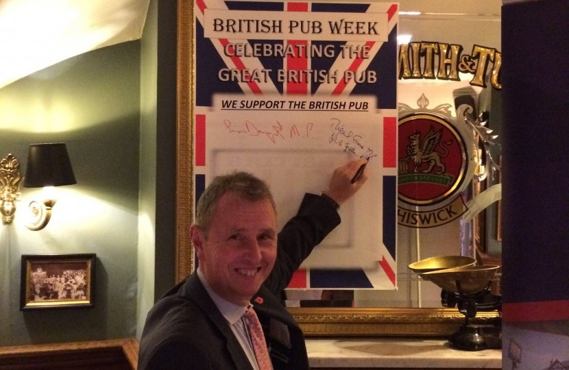 Nigel attended the Red Lion, Westminster.